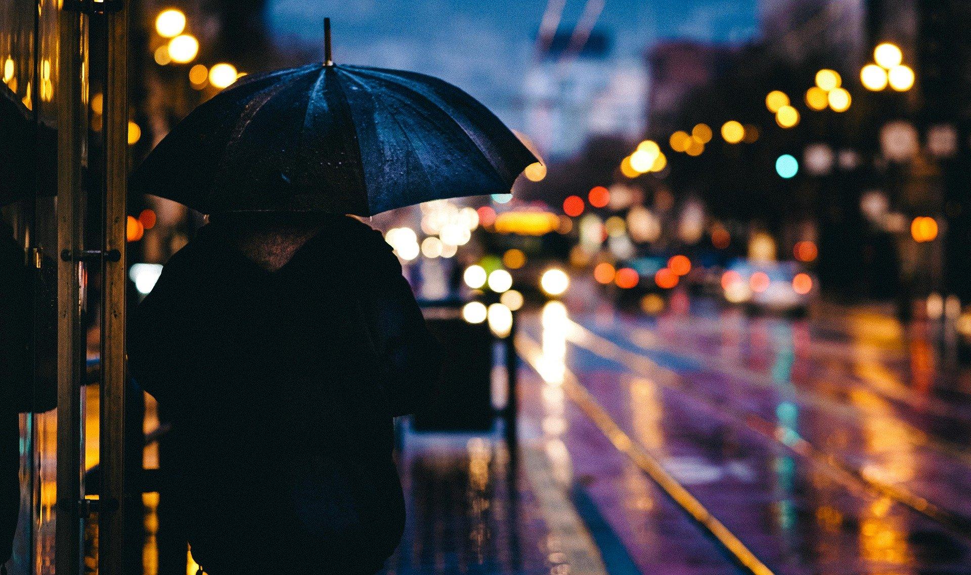 Eső a városban